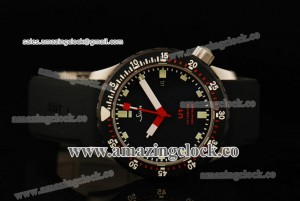 U1 SS Black Dial on Rubber Strap - A2813