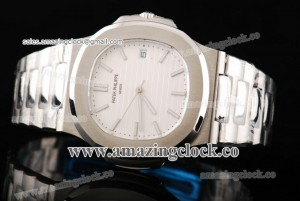 Nautilus 5711/1A SS White Dial on Stainless Steel Bracelet - A2824
